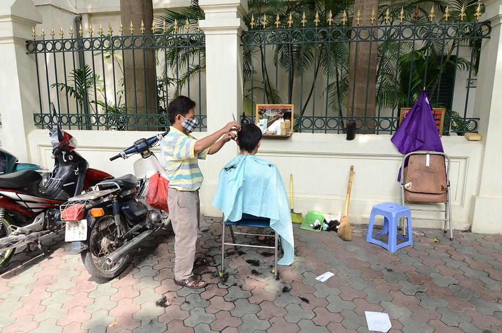 Barber in Hanoi Vietnam