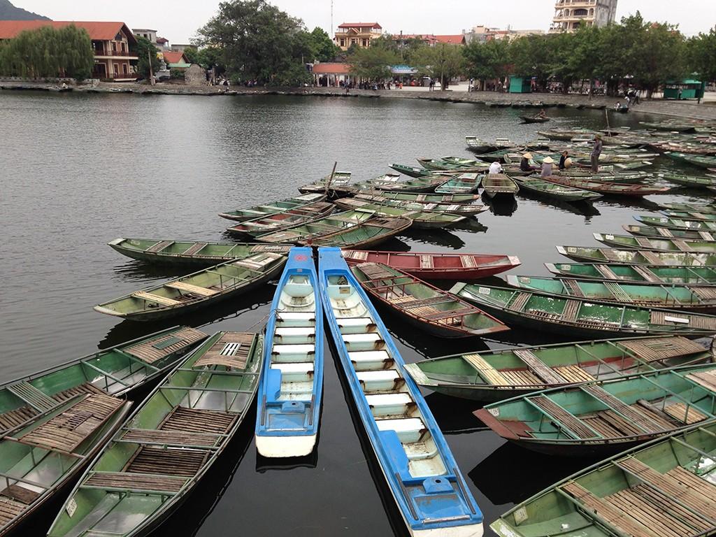 ninh binh tam coc tour in vietnam