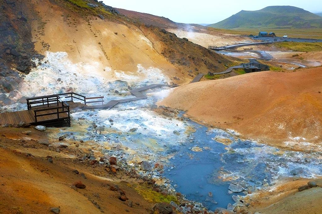 kyrsuvik geotermal area