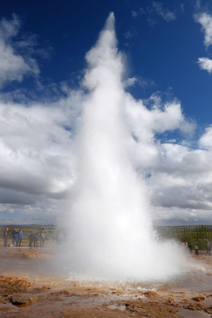 geysir hurl boiling water up to 20 metres