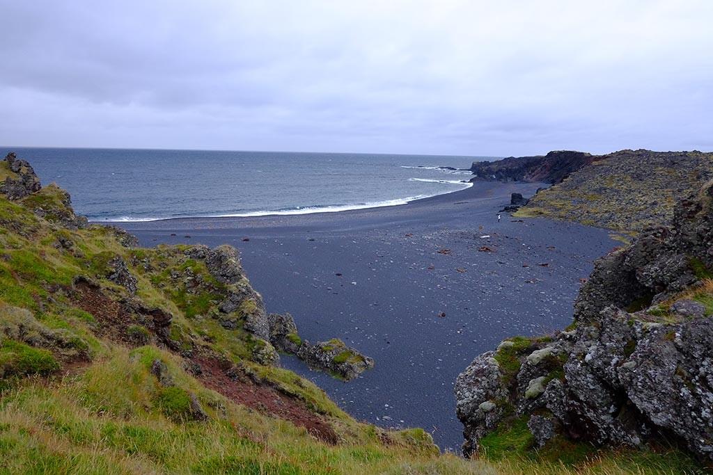 djupalonssandur beach in west iceland snaefellsnes peninsula