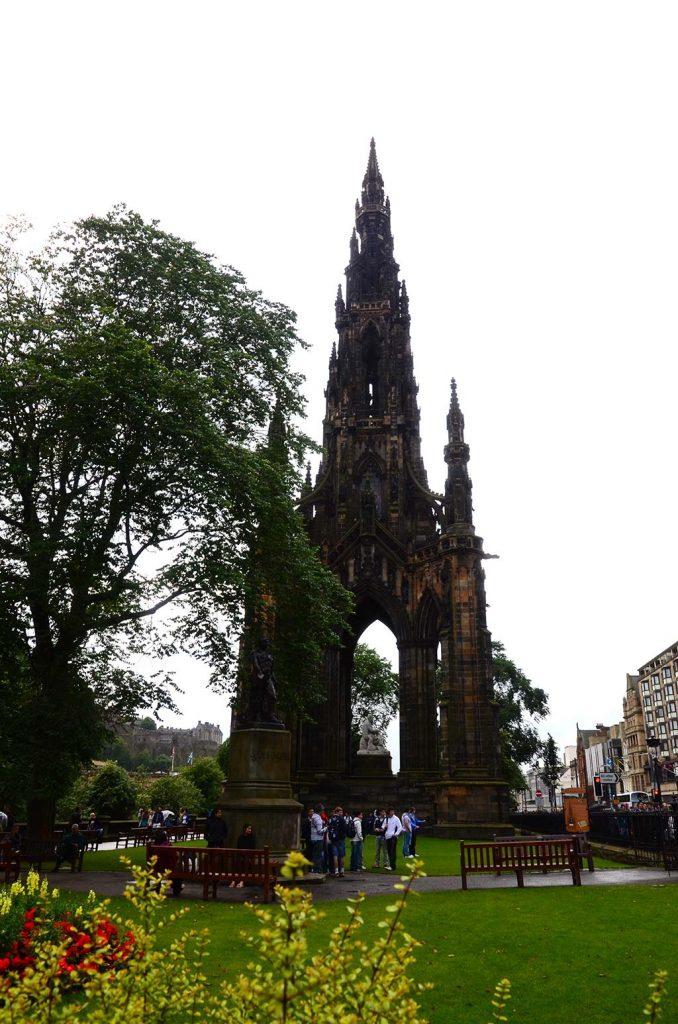 edinburg gezi, edinburgh, scott anıtı, edinburgh festival, edinburgh gezilecek yerler, edinburgh theatre festival, edinburgh turları, edinburgh turu, fringe, fringe festivali, iskoçya, iskoçya edinburgh turu, iskoçya tatil, iskoçya tatili, iskoçya turu, iskoçya vizesi