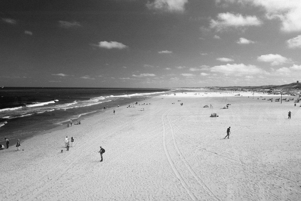scheveningen beach den haag