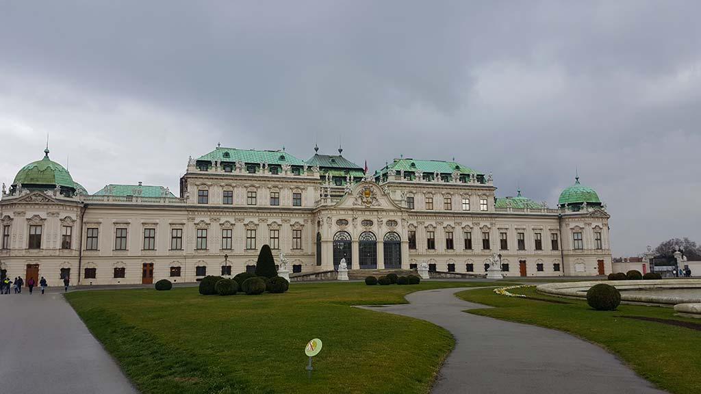 belvedere palace in vienna